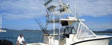 http://www.alexonthebeach.com/wp-content/uploads/2011/02/boats-12-375x150.jpg