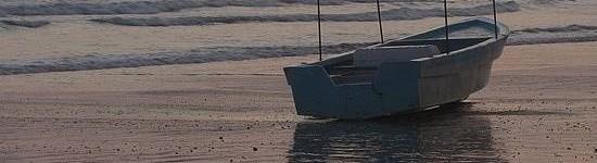 http://www.alexonthebeach.com/wp-content/uploads/2011/02/boats-8-550x150.jpg