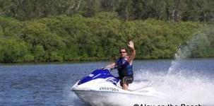 http://www.alexonthebeach.com/wp-content/uploads/2011/02/jet-ski-10-303x150.jpg