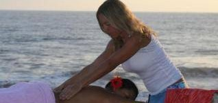 http://www.alexonthebeach.com/wp-content/uploads/2011/02/massage-4-318x150.jpg